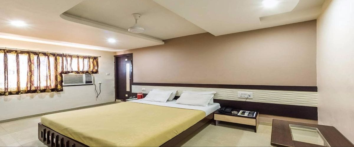 Room in mehsana hotel